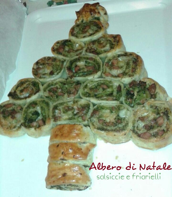 ALBERO DI NATALE SALSICCIA E FRIARIELLI