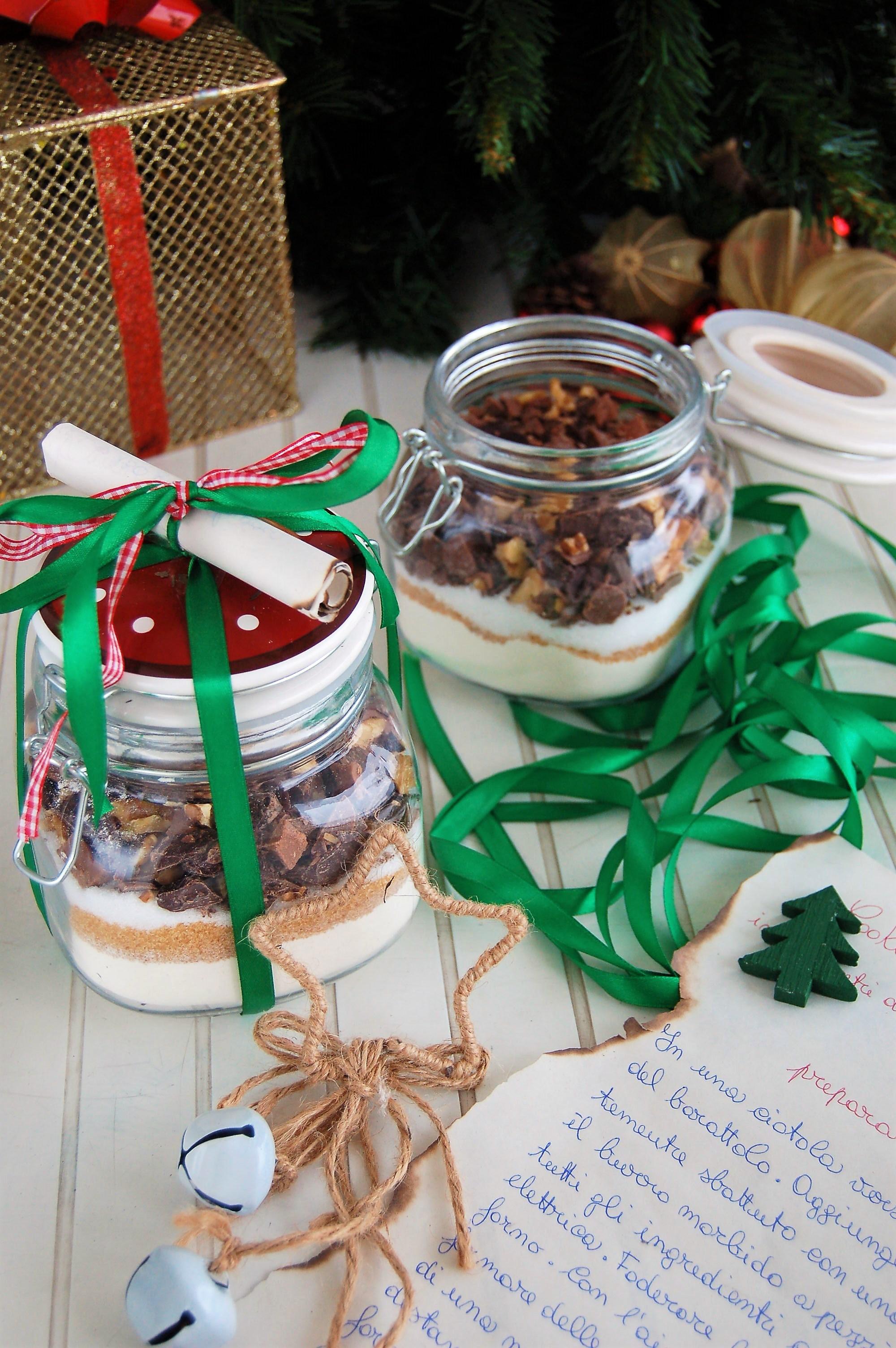 Cookies cioccolato e noci in barattolo