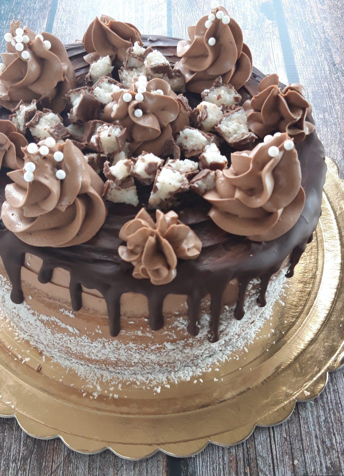 Drip Cake cocco e cioccolato
